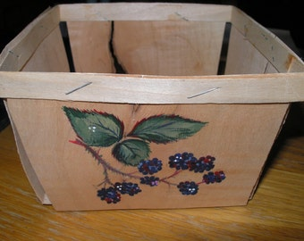 Vintage Split Wood Berry Box from Maine, Hand Painted with Blackberries Blackberry