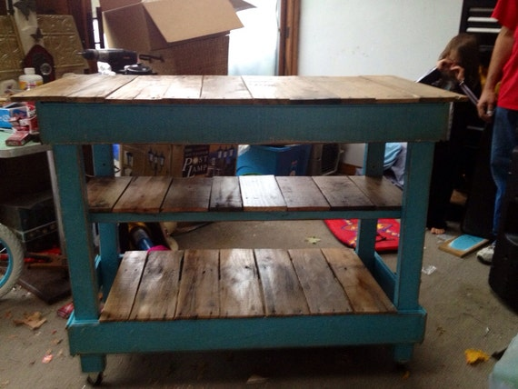 Rustic cottage pallet kitchen island shipping by sameasnever for Make a kitchen island out of pallets