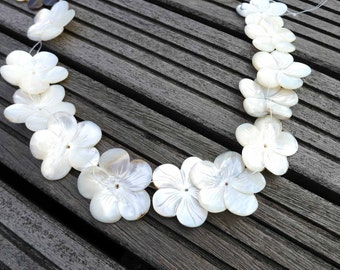 Black Mother of Pearl / MOP 24.5-32mm handmade flower beads (ETB00359)