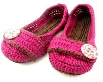 Women's Crochet Slippers - Button Tab Slippers - Women's sizes 5-11 - raspberry and chocolate - custom made