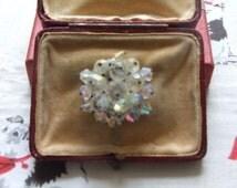 Vintage clear bead stone brooch    50