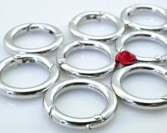 6 pcs of Antique Silver round clasp in 25 mm