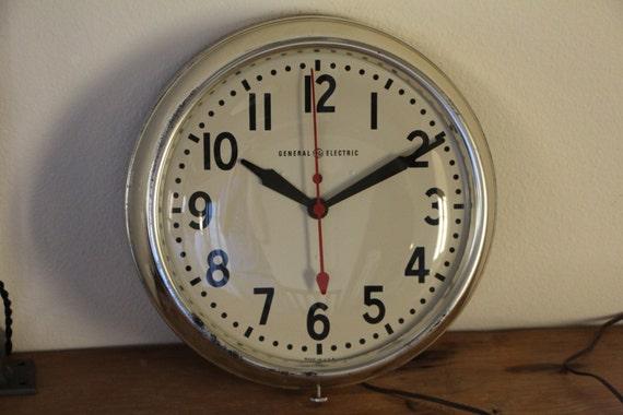 Vintage Post War General Electric Telechron Wall Clock