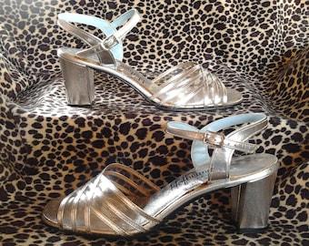1950s Hofheimer's Cavalier Silver High Heel Shoes 8 1/2 B