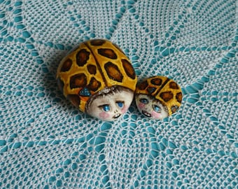 Popular items for hand painted stone on Etsy