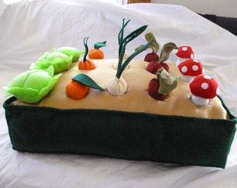 Big Felt Vegetable Garden Play Set, Big Veggie Garden Playset, Farmer's Market Set, Montessori Toy