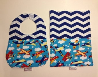 Airplane bib & burp with red or blue chevron