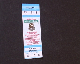 Vintage GRATEFUL DEAD CONCERT Ticket