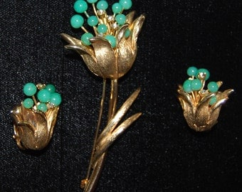 Brooch, and,earring set, faux jade,rindstones,goldtone