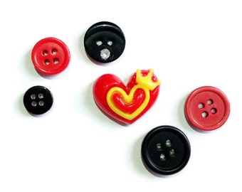 Love Heart Magnets | set of 6 | Vintage Buttons | Romantic | Home Decor | Office Magnets | Needle Keepers | Gift Idea |
