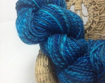 Handspun Wool Yarn- Worsted Weight-100 yards Blue Faced Leicester-Dyed by Hand by Dicentra- Kind of Blue Colorway