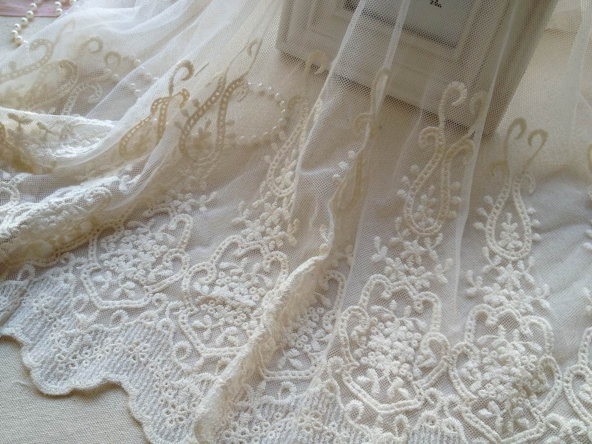 Cotton embroidery mesh lace fabric in beige with retro design