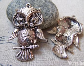 10 pcs of Antique Silver Owl Pendants Charms 26x39mm A5780