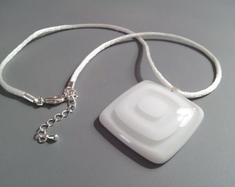 White and Clear Fused Glass Necklace