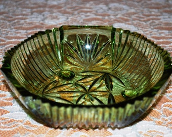 Vintage Forest Green Sawtooth Top Cut Glass Footed Open Candy/Nut Bowl