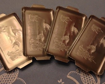 Four Aluminum Trays with Fall Design