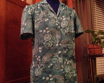 Pretty Seventies Green Flowered Polyester Shirt