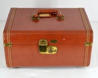 "Midcentury Train Case, Maximillian New York, Cognac ""Leather Hyde"" Vintage 1950s"