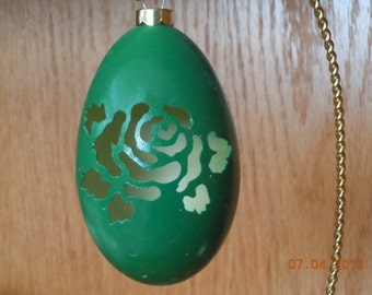 Christmas Tree Goose Egg Carved Ornament - Rose