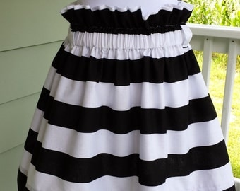 """sample sale womens derby skirt black and white wide strip size medium only no sash 18"""" long"""