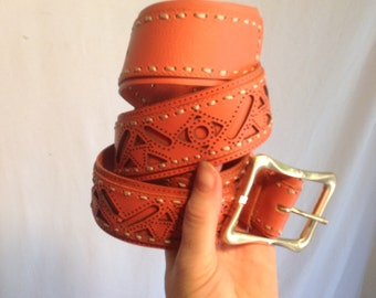 """Peach Leather belt, with stitching ,Gold buckle, XL, 43"""" long x 1 1/4"""" wide, 1980s"""