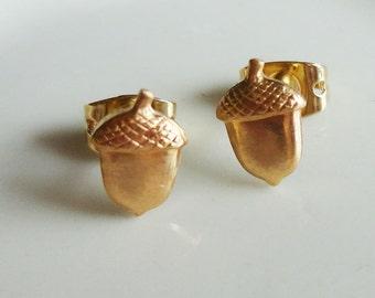 Tiny Acorn Brass 6x9mm Stud Earring