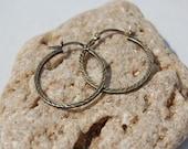 vintage sterling silver etched hoop earrings