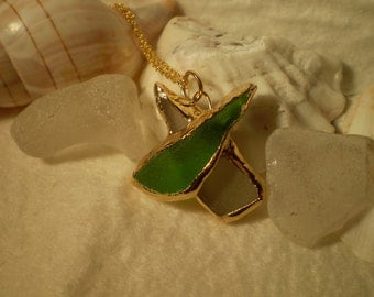 """Sea glass """"Kiss"""" Pendant and chain in 24 carat gold"""