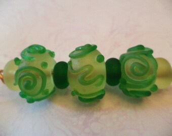 Matte Green Swirl lampwork glass Beads
