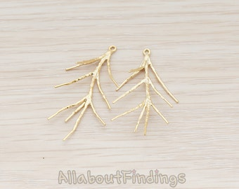 PDT498-MG // Matte Gold Plated Pine Branch Pendant, 2 Pc
