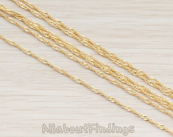 CHN027-G // Glossy Gold Plated 1.5mm Twisted Chain, 1 Meter.