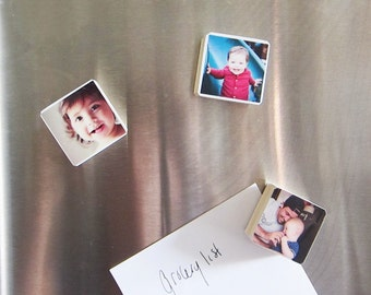 Set of 3, Personalized Photo Magnets in Pine Wood Christmas gift Mother's day, kids, pets, party favor, great unique gift for grandparents