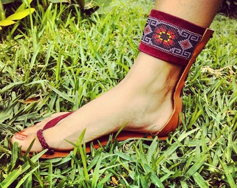 Leather sandals / Huichol beading sandals / Handmade ankle wrap sandals