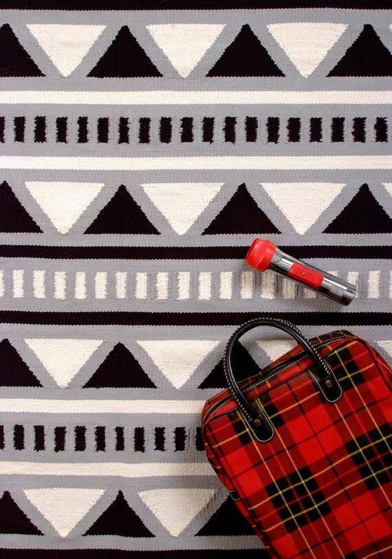 Camp Rug 4x6 Triangle Black White Grey Aztec Graphic Rug