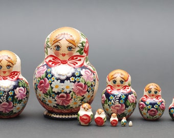 Russian Sergiev Posad matryoshka babushka russian nesting doll with flowers  10 pc Free Shipping plus free gift!