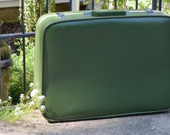 GARDEN GREEN Featherlite VINTAGE Luggage