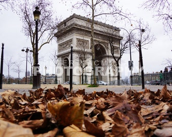 Autumn Feature - Arc de Triomphe - Champs Elysees - Paris