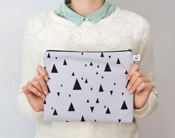 bag triangle light grey.