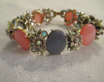 Vintage Womans Gray and Pink Bracelet