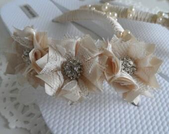 Ivory Bridal Flip-Flops / Wedding Ivory Flip Flops / Flowers Flip Flops / Pearl - Rhinestones Flip Flops/ Bridal Sandals / Bridesmaids Shoes