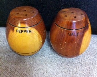 Wooden Salt & Pepper Shaker Set