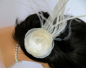 Ivory bridal fascinator, bridal hairpiece, bridal hair flower, wedding head piece, feather fascinator, bridal hair accessory, READY TO SHIP