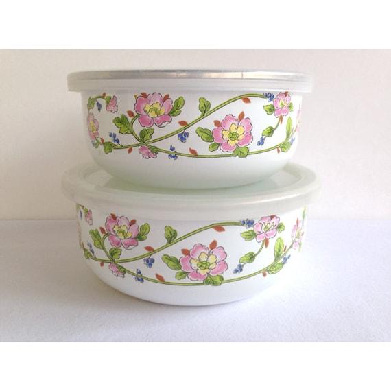 Vintage Kitchen Bowls: Vintage Kobe Kitchen Enamelware Lidded Nesting Bowls Pink