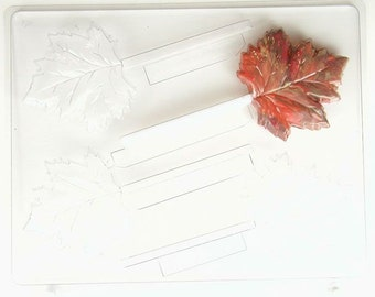 Maple leaves AO166