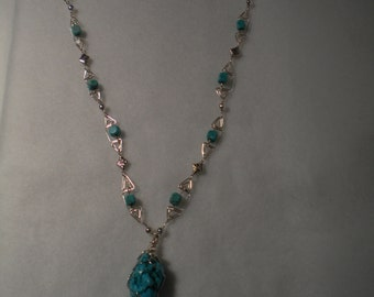 Turquoise dyed howlite Geometric designed pendant & beaded chain