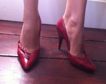 1950s original vintage red stilettos/shoes/heels UK38.5/39