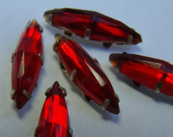 Vintage large ruby red sew-on navette rose montee rhinestone crystals  - 5 pieces (020)