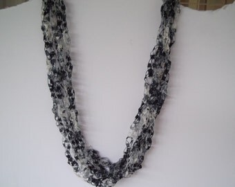 Shades of gray Ladder Trellis Yarn Necklace