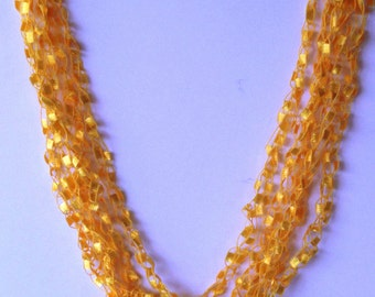 Yellow ladder trellis necklace