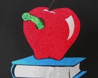 Bookworm Easy Quilt Applique Pattern Design